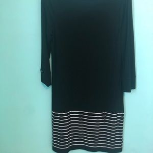 Whitehouse Blackmarket black and white dress